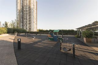 "Photo 9: 2604 2978 GLEN Drive in Coquitlam: North Coquitlam Condo for sale in ""GRAND CENTRAL 1"" : MLS®# R2389836"