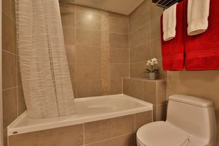 "Photo 5: 2604 2978 GLEN Drive in Coquitlam: North Coquitlam Condo for sale in ""GRAND CENTRAL 1"" : MLS®# R2389836"
