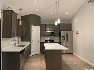 Photo 2: 259 Bentley Court in Saskatoon: Kensington Residential for sale : MLS®# SK801564