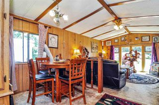"Photo 7: 33 2305 200 Street in Langley: Brookswood Langley Manufactured Home for sale in ""Cedar Lane Park"" : MLS®# R2465102"