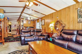 "Photo 5: 33 2305 200 Street in Langley: Brookswood Langley Manufactured Home for sale in ""Cedar Lane Park"" : MLS®# R2465102"