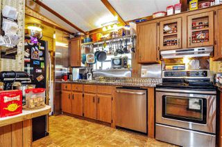 "Photo 8: 33 2305 200 Street in Langley: Brookswood Langley Manufactured Home for sale in ""Cedar Lane Park"" : MLS®# R2465102"