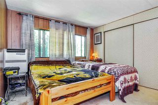 "Photo 10: 33 2305 200 Street in Langley: Brookswood Langley Manufactured Home for sale in ""Cedar Lane Park"" : MLS®# R2465102"