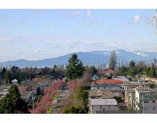 """Photo 2: 3438 VANNESS Ave in Vancouver: Collingwood VE Condo for sale in """"CENTRO"""" (Vancouver East)  : MLS®# V634269"""