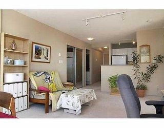 """Photo 5: 3438 VANNESS Ave in Vancouver: Collingwood VE Condo for sale in """"CENTRO"""" (Vancouver East)  : MLS®# V634269"""