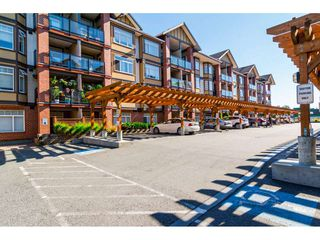 """Photo 3: 334 5660 201A Street in Langley: Langley City Condo for sale in """"Paddington Station"""" : MLS®# R2498914"""