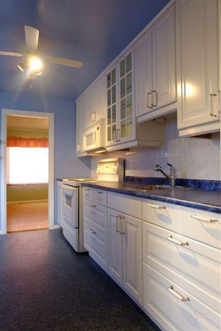 Photo 5: 9837 77 Avenue in Edmonton: Zone 17 House for sale : MLS®# E4217522