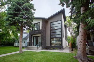 Main Photo: 1334 18 Avenue NW in Calgary: Capitol Hill Detached for sale : MLS®# A1055233