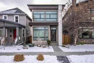 Main Photo: 1649 Bowness Road NW in Calgary: Hillhurst Detached for sale : MLS®# A1062236