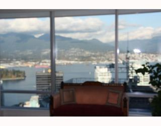 Photo 2: # 3803 1111 ALBERNI ST in Vancouver: Condo for sale : MLS®# V795212