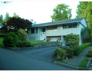 Main Photo: 1279 BRACKNELL Place in North_Vancouver: Canyon Heights NV House for sale (North Vancouver)  : MLS®# V658651