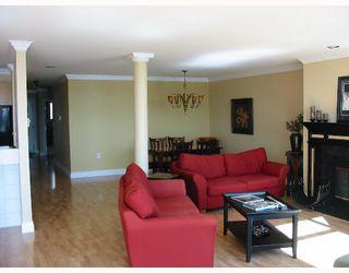 Photo 4: 12 1850 ARGUE Street in Port Coquitlam: Citadel PQ Condo for sale : MLS®# V639213