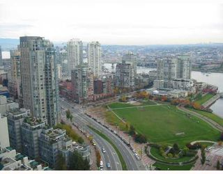 "Photo 2: 3208 1438 RICHARDS Street in Vancouver: False Creek North Condo for sale in ""AZURA 1"" (Vancouver West)  : MLS®# V672646"