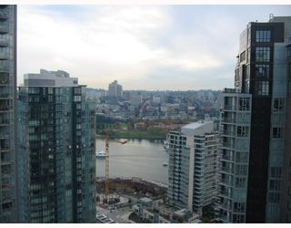 "Photo 4: 3208 1438 RICHARDS Street in Vancouver: False Creek North Condo for sale in ""AZURA 1"" (Vancouver West)  : MLS®# V672646"