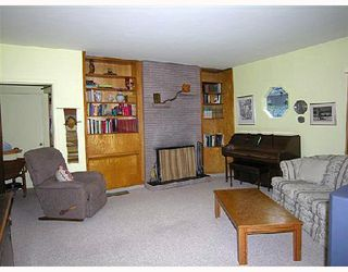 Photo 4: 1130 CORTELL Street in North_Vancouver: Pemberton Heights House for sale (North Vancouver)  : MLS®# V678853