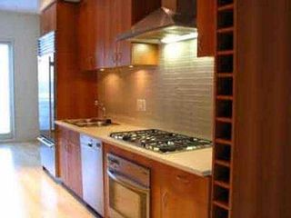 "Photo 4: 4 1425 W 11TH AV in Vancouver: Fairview VW Townhouse for sale in ""FAIRVIEW"" (Vancouver West)  : MLS®# V522172"