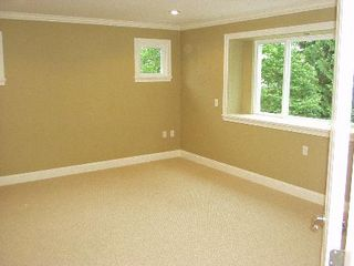 Photo 9: 169 East Kings Ave. !!!SOLD!!!: House for sale (Upper Lonsdale)