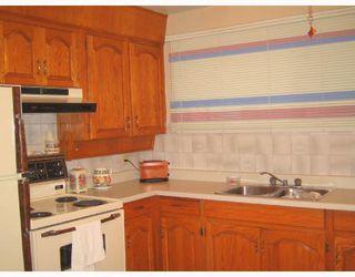 Photo 3: 68 GILIA Drive in WINNIPEG: West Kildonan / Garden City Residential for sale (North West Winnipeg)  : MLS®# 2809405