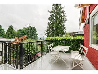 Photo 13: 4163 ETON Street: Vancouver Heights Home for sale ()  : MLS®# V1076893