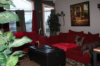 Photo 2: 7821 163 Avenue in Edmonton: Zone 28 House for sale : MLS®# E4176862