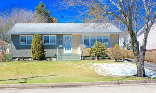 Main Photo: 36 Spruce Haven Drive in Sydney: 201-Sydney Residential for sale (Cape Breton)  : MLS®# 202007444