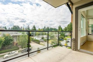 "Photo 18: 413 33539 HOLLAND Avenue in Abbotsford: Central Abbotsford Condo for sale in ""The Crossing"" : MLS®# R2465000"