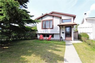 Photo 1: 127 MILLCREST Way SW in Calgary: Millrise Detached for sale : MLS®# C4306441