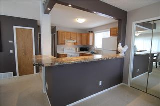 Photo 3: 127 MILLCREST Way SW in Calgary: Millrise Detached for sale : MLS®# C4306441