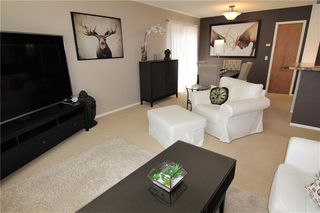 Photo 13: 127 MILLCREST Way SW in Calgary: Millrise Detached for sale : MLS®# C4306441