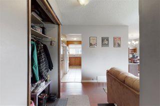 Photo 12: 2923 89 Street in Edmonton: Zone 29 House for sale : MLS®# E4198083
