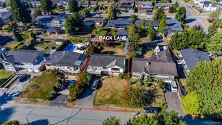 """Photo 5: 13861 MALABAR Avenue: White Rock House for sale in """"White Rock"""" (South Surrey White Rock)  : MLS®# R2514273"""