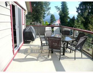Photo 10: 4321 DOLLAR RD in North Vancouver: House for sale : MLS®# V789204