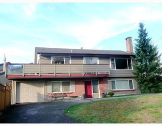 Photo 1: 4321 DOLLAR RD in North Vancouver: House for sale : MLS®# V789204