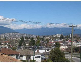 Photo 3: 4539 HOY Street in Vancouver: Collingwood Vancouver East House for sale (Vancouver East)  : MLS®# V637015