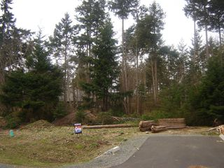 Photo 2: 605 COLBY ROAD in COMOX: Comox Valley Land Only for sale (Vancouver Island/Smaller Islands)  : MLS®# 231562
