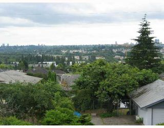 "Photo 3: 5754 WINCH Street in Burnaby: Parkcrest House for sale in ""PARKCREST"" (Burnaby North)  : MLS®# V642656"