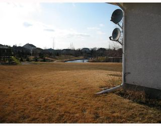Photo 2: 11 CLEARWOOD Cove in WINNIPEG: Birdshill Area Residential for sale (North East Winnipeg)  : MLS®# 2806116