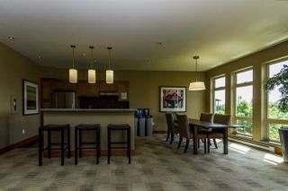 """Photo 19: 407 3082 DAYANEE SPRINGS Boulevard in Coquitlam: Westwood Plateau Condo for sale in """"LANTERNS"""" : MLS®# R2389604"""