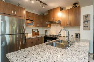 """Photo 4: 407 3082 DAYANEE SPRINGS Boulevard in Coquitlam: Westwood Plateau Condo for sale in """"LANTERNS"""" : MLS®# R2389604"""