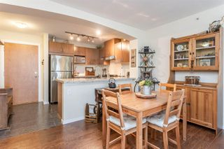 """Photo 7: 407 3082 DAYANEE SPRINGS Boulevard in Coquitlam: Westwood Plateau Condo for sale in """"LANTERNS"""" : MLS®# R2389604"""