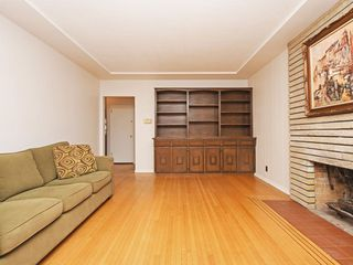 Photo 4: 2309 RUPERT Street in Vancouver: Renfrew VE House for sale (Vancouver East)  : MLS®# R2398091