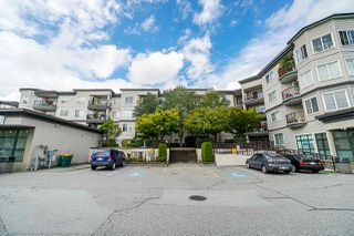 "Photo 17: 112 5765 GLOVER Road in Langley: Langley City Condo for sale in ""College Court"" : MLS®# R2401450"