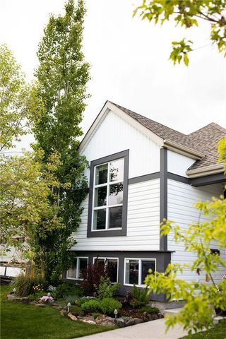 Photo 2: 144 COPPERFIELD Manor SE in Calgary: Copperfield Detached for sale : MLS®# C4300694