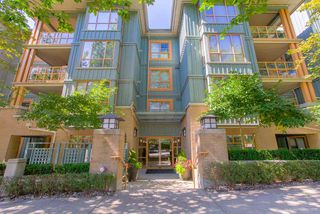 "Photo 2: 406 285 NEWPORT Drive in Port Moody: North Shore Pt Moody Condo for sale in ""THE BELCARRA"" : MLS®# R2466431"