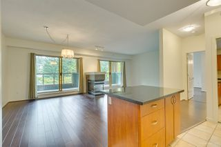 "Photo 7: 406 285 NEWPORT Drive in Port Moody: North Shore Pt Moody Condo for sale in ""THE BELCARRA"" : MLS®# R2466431"