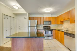 "Photo 3: 406 285 NEWPORT Drive in Port Moody: North Shore Pt Moody Condo for sale in ""THE BELCARRA"" : MLS®# R2466431"