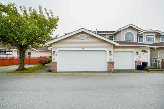 "Photo 3: 18 9163 FLEETWOOD Way in Surrey: Fleetwood Tynehead Townhouse for sale in ""The Fountains"" : MLS®# R2498462"