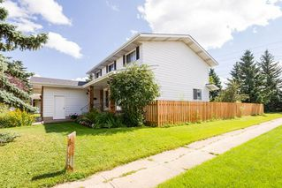 Photo 2: 10543 30 Avenue N in Edmonton: Zone 16 House for sale : MLS®# E4217273