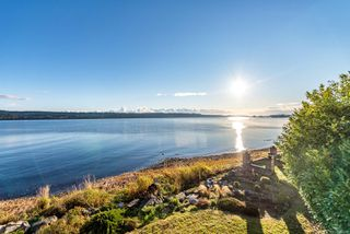 Photo 10: 6684 S Island Hwy in : CV Union Bay/Fanny Bay House for sale (Comox Valley)  : MLS®# 858748