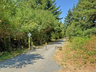 Photo 24: 886 Isabell Ave in : La Walfred Row/Townhouse for sale (Langford)  : MLS®# 859022